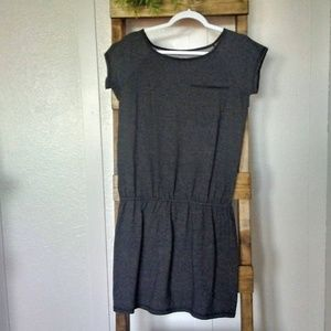 Columbia Gray Dress With One Top Front Pocket